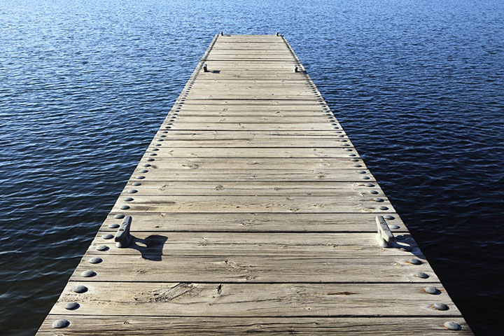 how to build a boat dock in water